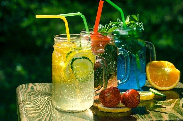 barevné limonády