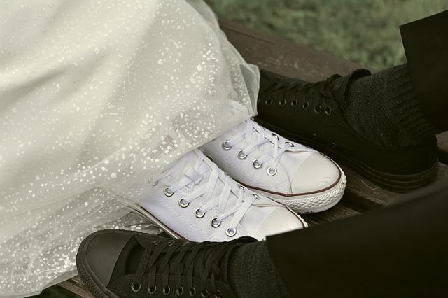 boty ženicha a nevěsty